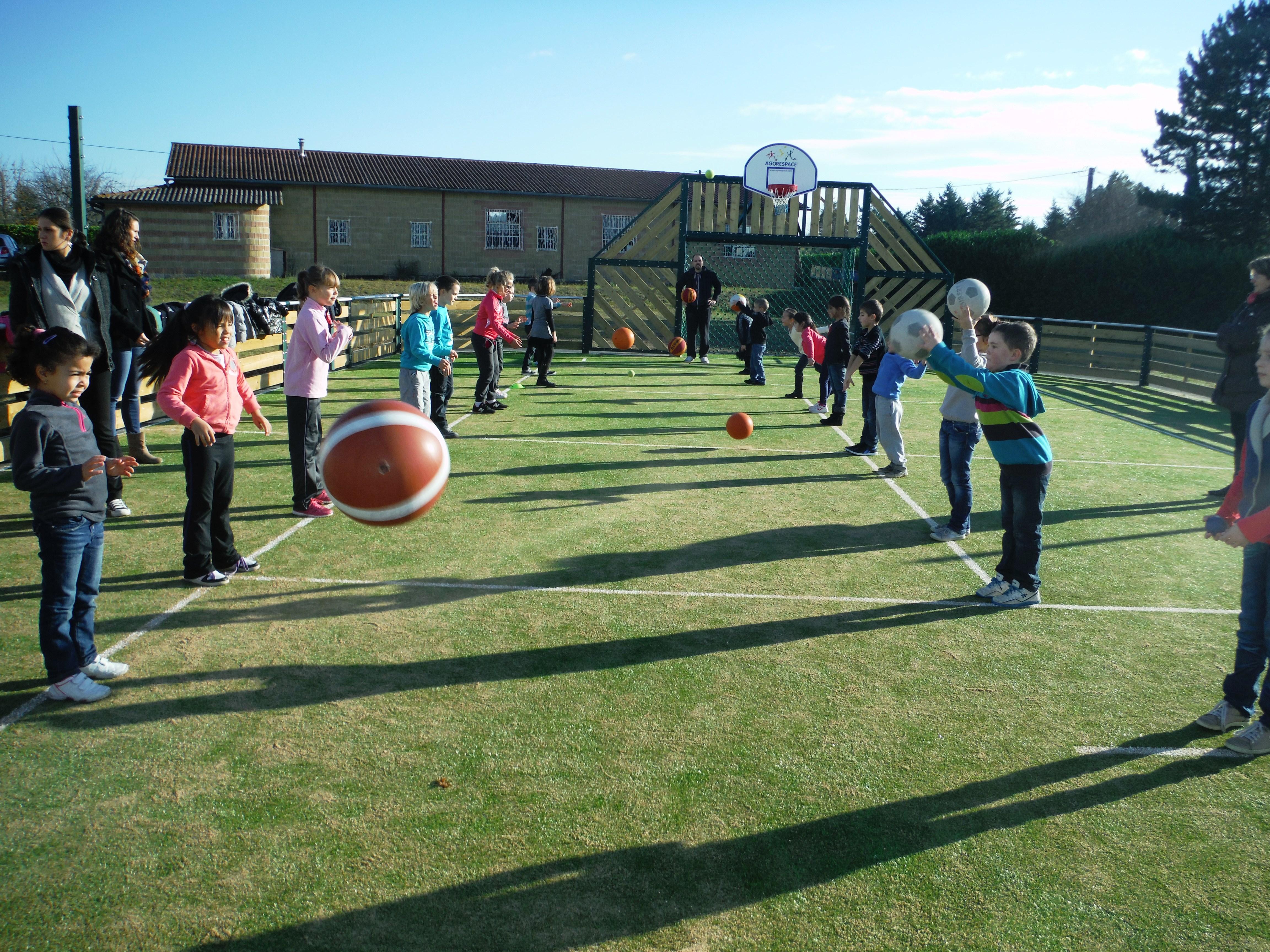 Sport à l'école : pourquoi ne pas former les instituteurs ?
